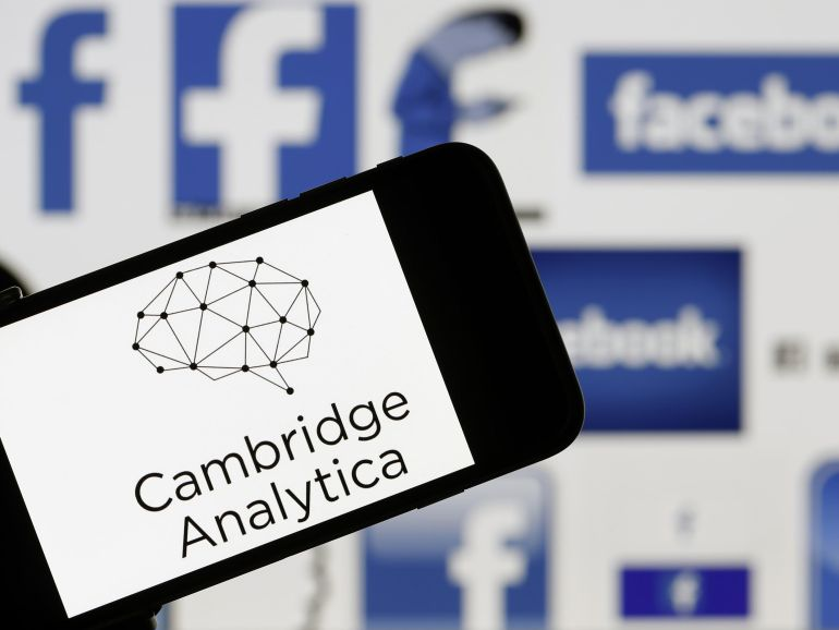 Facebook suspende 200 apps tras escándalo de Cambridge Analytica: Facebook suspende 200 apps tras escándalo de Cambridge Analytica