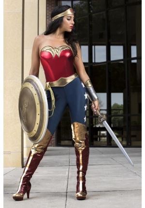 Adelantarán el rodaje de 'Wonder Woman 2': Adelantarán el rodaje de 'Wonder Woman 2'