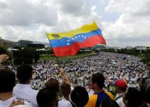 Las elecciones venezolanas se celebran en medio del rechazo internacional