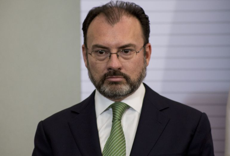 "animales, EU: Inaceptable llamar ""animales"" a migrantes: Videgaray"