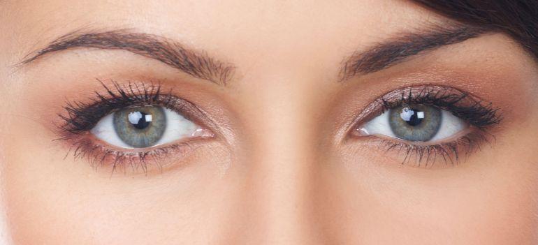 Nueva moda ocular; joyas en los ojos: Nueva moda ocular; joyas en los ojos