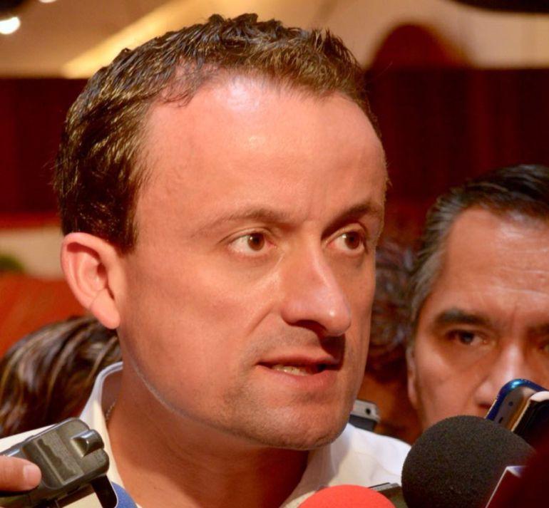 Líderes cristianos respaldan a Mikel Arriola