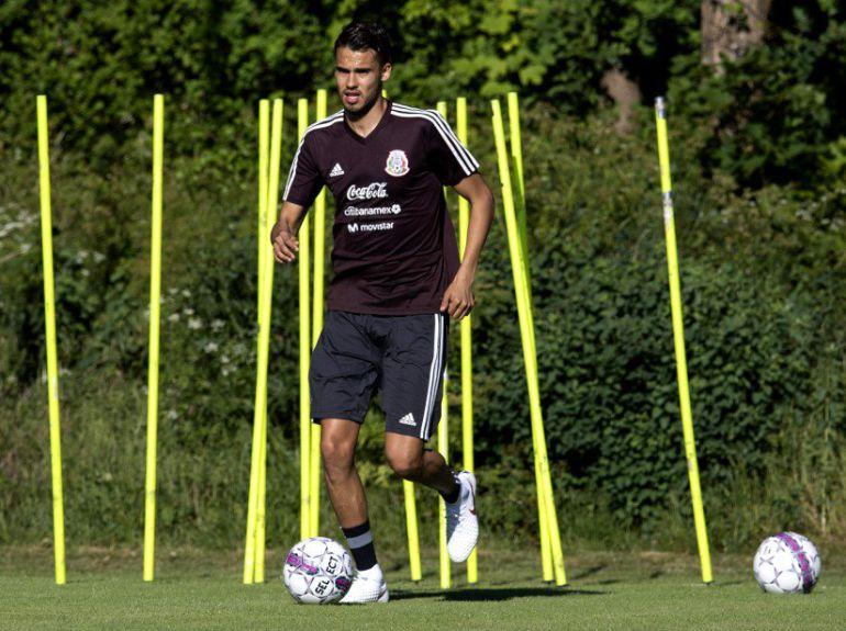 Diego Reyes entrena con la Selección Mexicana