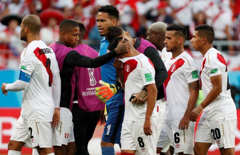 Perú vs Dinamarca, Carlos Cueva, Copa del Mundo Fútbol Rusia 2018: Dinamarca aprovecha regalo de Perú