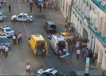 Taxi atropella a aficionados mexicanos en Rusia