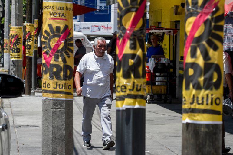 Retiran propaganda electoral en la Ciudad de México: Retiran 10 toneladas de propaganda electoral en la CDMX