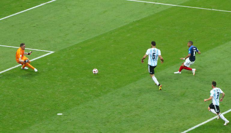 Francia goleó a Argentina sin problemas