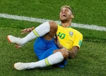 Exageraciones de Neymar cuestan minutos vitales
