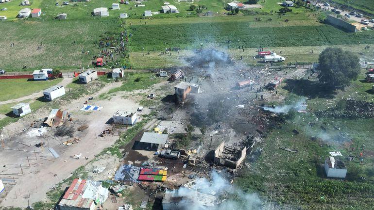 Explosión de polvorín deja 24 muertos en Tultepec