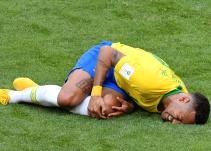 KFC se mofa de las exageraciones de Neymar