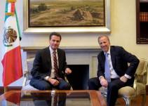 Enrique Peña Nieto recibe en Los Pinos a José Antonio Meade