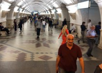 ¡Vámonos de paseo por el Metro de Moscú!