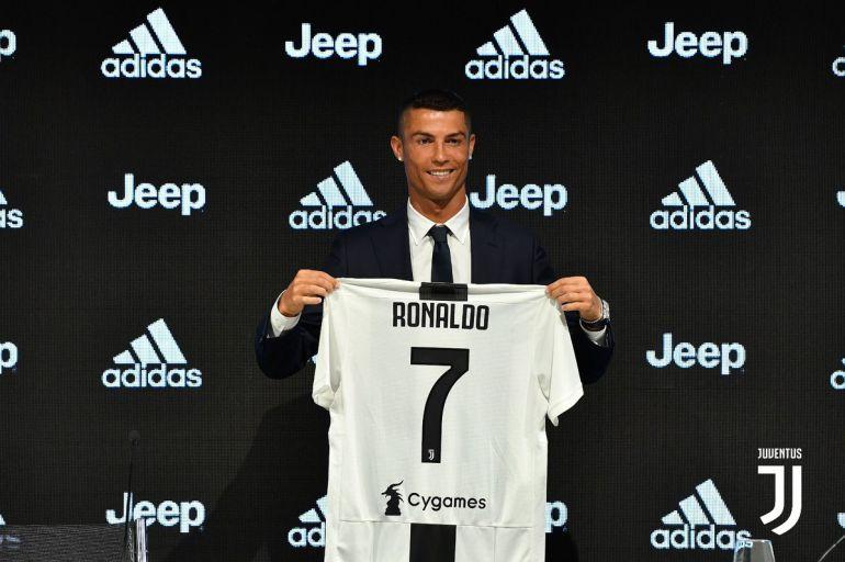 Cristiano Ronaldo jugador Juventus: Cristiano Ronaldo es presentado con la Juventus