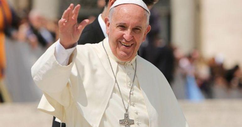 Vaticano: Papa Francisco no participará en foros de paz de AMLO