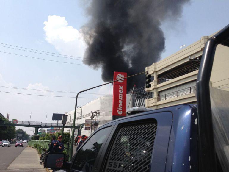incendio en Plaza Galerías Coapa: Se registra incendio en Plaza Galerías Coapa