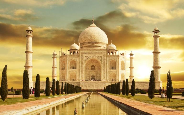 El Taj Mahal podría ser demolido