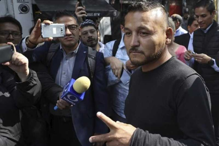 """El diputado electo """"El Mijis"""" llama """"puercos"""" a policías"""