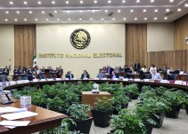 INE multa a MORENA por fideicomiso irregular
