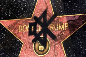Destruyen estrella de Donald Trump en Hollywood