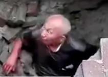 Socavón traga a hombre en China