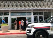 Pánico en Texas por tiroteo en un mall
