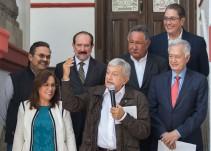 Presenta López Obrador a su equipo energético
