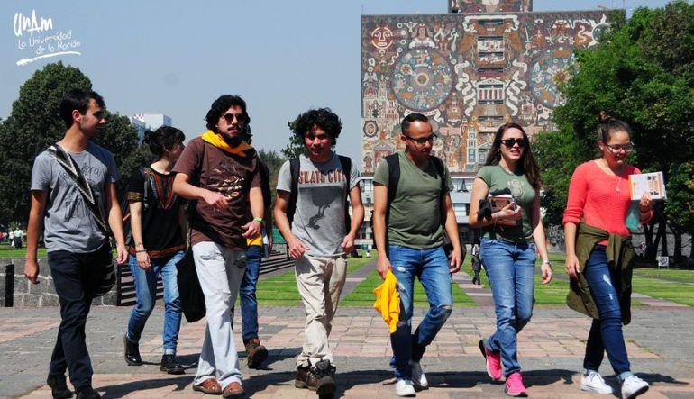 Regresan a clases 350 mil estudiantes de la UNAM