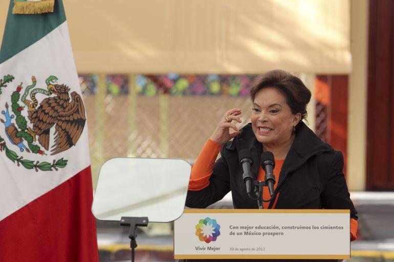 Elba Esther Gordillo, prisión: Elba Esther, un camino de la mano del poder