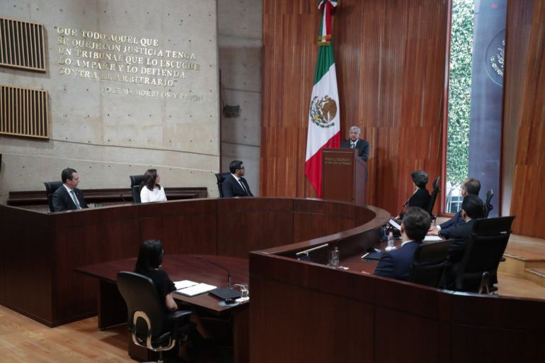 presidente de México, AMLO: El presidente de México no tendrá palomas mensajeras ni halcones amenazantes: AMLO