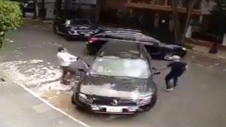 Presunto delincuente es atropellado al hacer un robo