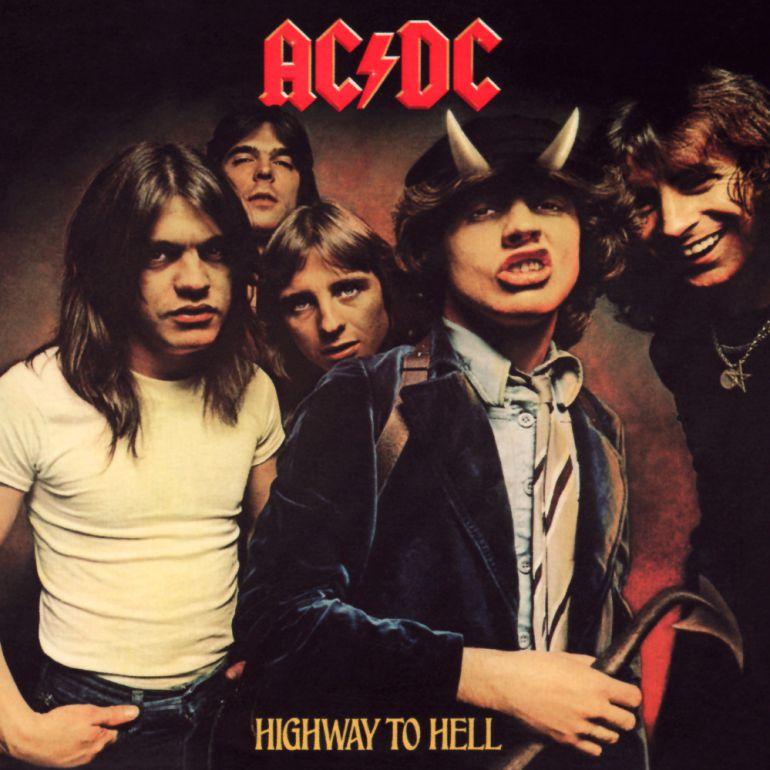 Guitarristas hacen historia con canción de AC/DC
