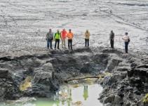 Socavón en laguna de Chakanbakán, por fallas naturales o por sismo en Venezuela