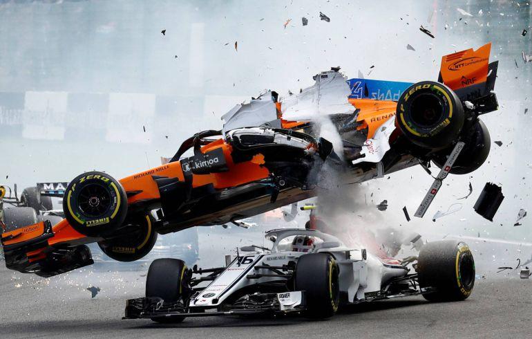 La impactante imagen del accidente de Fernando Alonso en el GP de Bélgica
