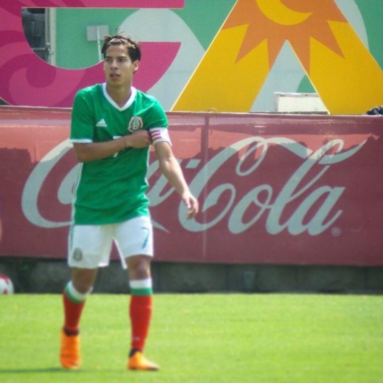 Diego Laínez no esperaba ser llamado al TRI