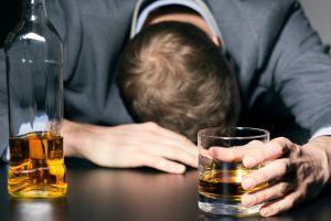 Crean spray nasal para combatir alcoholismo