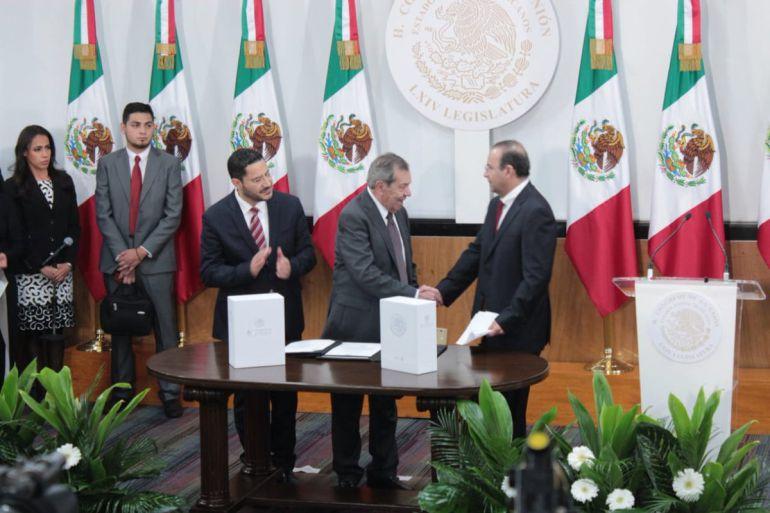 Entrega Navarrete Prida el Sexto Informe de Gobierno