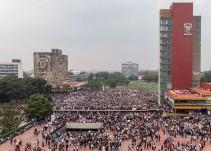 Miles protestan contra la violencia en CU