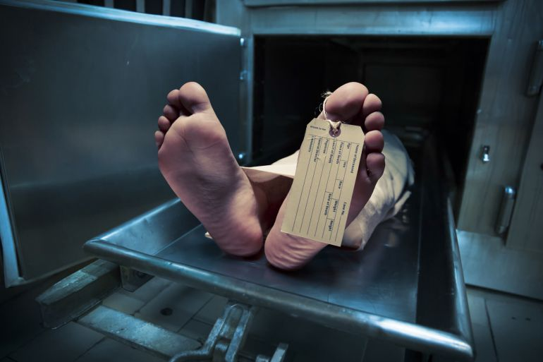 """Revive """"muerto"""" en la morgue y vuelve a la fiesta"""