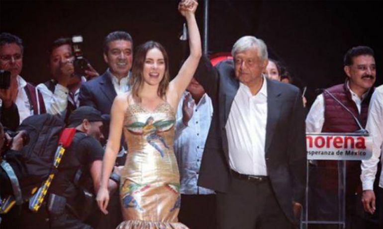 Belinda acusada de violar la ley por participar en AMLO Fest