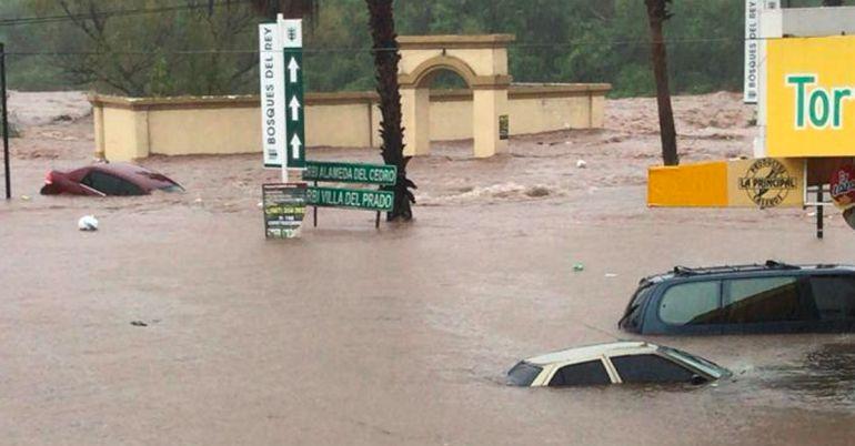 Sinaloa se inunda y deja 700 damnificados