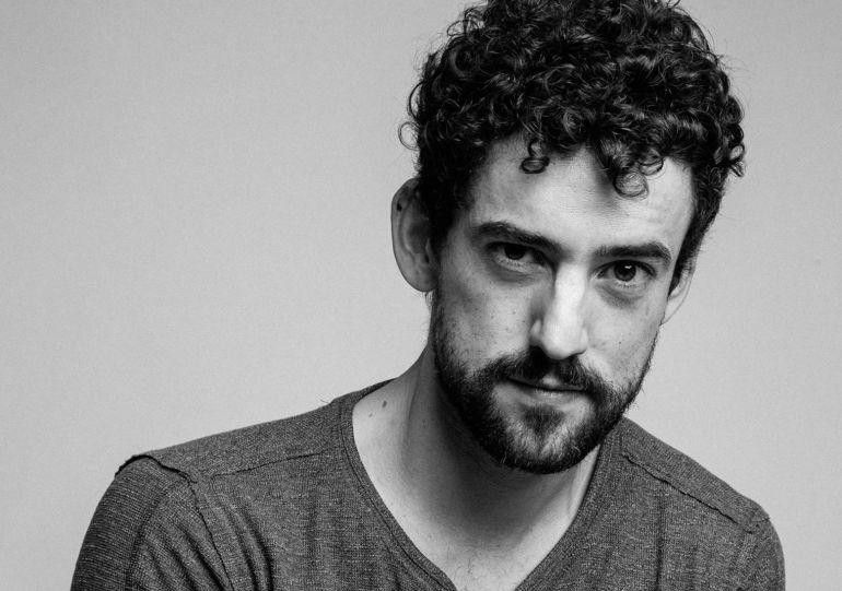Luis Gerardo Méndez protagonizará Los Ángeles de Charlie