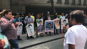 Familiares de normalistas exigen a la SCJN apruebe la creación de una Comisión de la Verdad