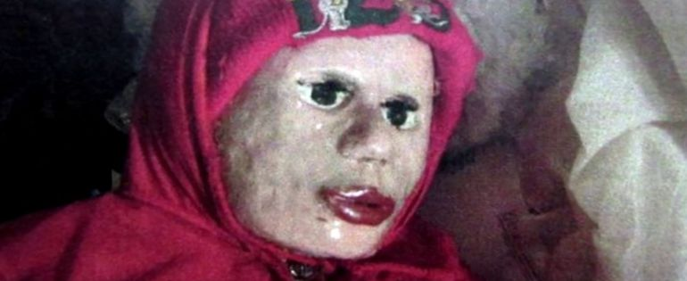 Convertía cadáveres en muñecas