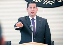 Toma protesta Diego Sinhue como gobernador de Guanajuato