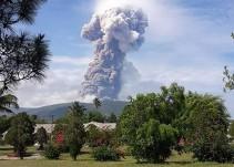 Indonesia: terremoto, tsunami y ahora volcán