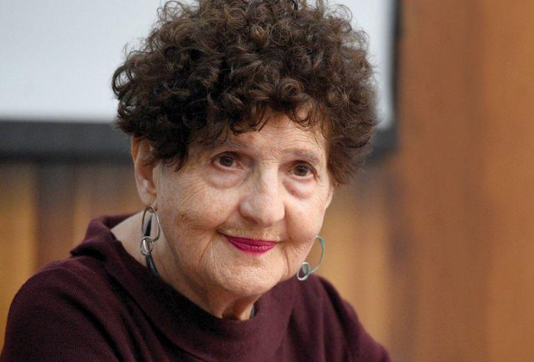 Margo Glantz dice no al FCE