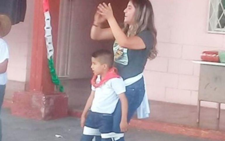 Niño logra bailar gracias a su maestra: Maestra cumple sueño a su alumno