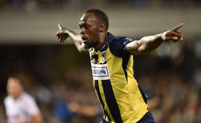 Usain Bolt se estrena como goleador