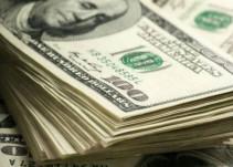 Dólar inicia la semana con el pie derecho