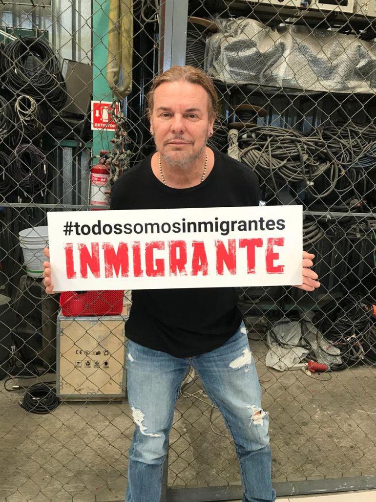 Fher de Maná visita a caravana migrante